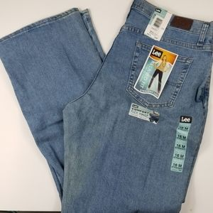 NWT Women's Size 16M Lee Relaxed fit jeans